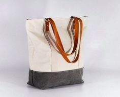 lovely colour combo from BwwBag - especially the grey leather