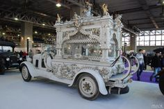 Vintage Luxuriest Cars For The Funeral – Hearses