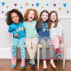 5874544d35 Ki mit vesz fel a Nőnapi buliba? Trendi kislány ruhák és kiegészítők a @ naturanyu