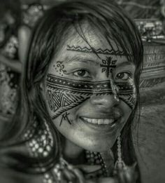 Arte Tribal, Tribal Art, African Art Projects, Native American Girls, Tribal Women, Human Art, Cultural, People Of The World, Black And White Pictures