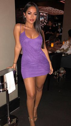 Collection of the most beautiful sexy girls in the world Mini Skirt Dress, Sexy Skirt, Hot Dress, Pink Bodycon Dresses, Sexy Dresses, Sexy Outfits, Fashion Outfits, Look Body, Glitter Dress