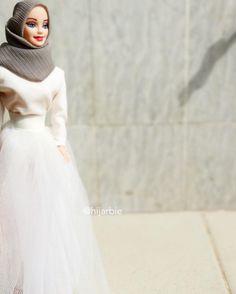 [Pics] Hijarbie (Hijab Barbie) Is the Cutest Thing on Instagram