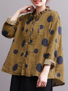 Casual Polka Dot Print Stehkragen lose Frauen Blusen Casual polka dot print stand-up collar loose women blouses Cheap Blouses, Blouses For Women, Women's Blouses, Ladies Blouses, Collar Blouse, Polka Dot Print, Polka Dots, Blouse Styles, Latest Fashion For Women