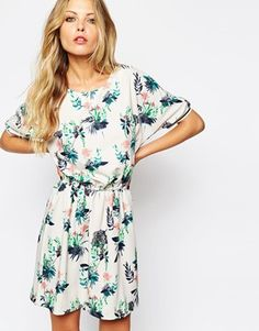 Y.A.S+Short+Dress+in+Botanic+Print