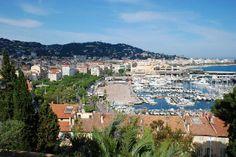 Francia está cerquita para una escapada, por ejemplo, una glamorosa escapada a Cannes.  En Reservalis te ofrecemos #vuelos de #Madrid a #Cannes volando con Vueling por sólo 212.96€.  http://www.reservalis.com/vuelos/cannes