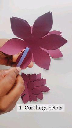 Paper Flowers Craft, 3d Paper Crafts, Flower Crafts, Paper Art, Diy And Crafts, Crafts For Kids, Diy Wall Art, Diy Wall Decor, Paper Dahlia