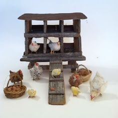 Woolytales Miniatures: Animals available and show report Miniature Crafts, Miniature Houses, Miniature Dolls, Diy Dollhouse, Dollhouse Miniatures, Dollhouse Furniture, Miniature Rabbits, Barn Animals, Christmas Nativity