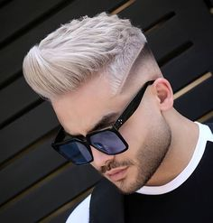 # Herenkapsels # Brush Rotary Hair Darty # Brush M # Brush Cool Hairstyles For Men, Popular Hairstyles, Hairstyles Haircuts, Haircuts For Men, Short Length Haircuts, Natural Hair Styles, Short Hair Styles, Great Hair, Beard Styles