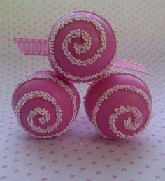 Pink Swirl Cake Pops