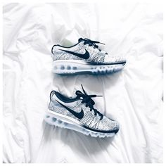 "Sneakers Nike Flyknit Air Max ""Oréo"" - Julinfinity"
