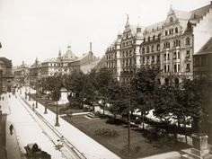 View over Promendenplatz, Munich, 1902