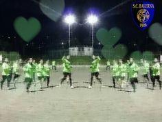 Training Soccer, Training, Hs Football, Futbol, Work Outs, European Soccer, Work Out, Education, Soccer Ball
