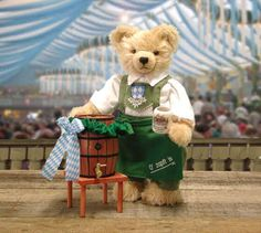Hermann Octoberfest Teddy....