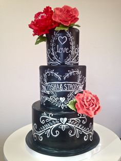 The Hottest 2015 Wedding Trend: 30 Chalkboard Wedding Cakes - Weddingomania Fall Wedding Cakes, White Wedding Cakes, Elegant Wedding Cakes, Gold Wedding, Gorgeous Cakes, Pretty Cakes, Amazing Cakes, Bolo Chalkboard, Chalkboard Wedding