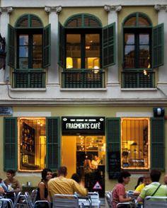 Fragments Cafe, Barcelona. Preciosa terraza & buenas tapas, ideal para veranillo...