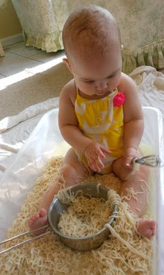 Montessori on a Budget blog: Exploring Montessori Sensory Play with Babies