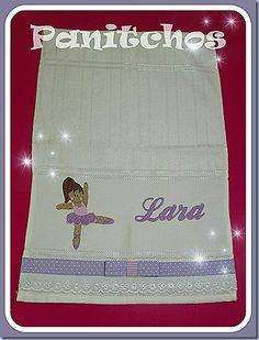Toalhinha de mão personalizada da Lara PANITCHOS - Ideias em tecido