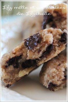 Quoi de plus enivrant que l'odeur des biscuits qu'on vient tout juste de sortir du four? Ils sont l'ultime réconfort et il est difficile d... Biscuits, Muffin Bread, Biscuit Cake, Breakfast Muffins, Cookie Bars, Coco, Nutella, Raisin, Cookie Recipes