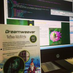 Dreamweaver haltuun ja lisää koodii! #dreamweaver #grafter #springmorning #tgif #webdesign #letsdothis
