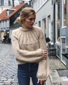 Sunday Sweater – PetiteKnit Sweater Knitting Patterns, Free Knitting, Pull Mohair, Raglan Pullover, Fall Capsule Wardrobe, Knit In The Round, Stockinette, Knitting For Beginners, Old Women
