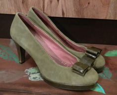df6c507903f NEW ANTHROPOLOGIE GREEN Suede MISS ALBRIGHT HEELS PUMPS 10M  fashion   clothing  shoes