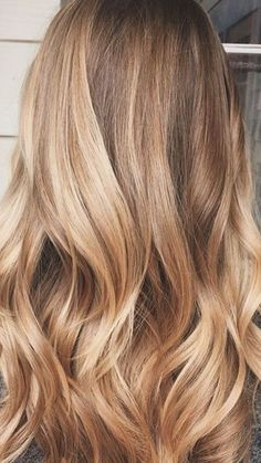 36 Blonde Balayage with Caramel, Honey, Copper caramel blonde hair color ideas - Hair Color Ideas Blonde Balayage Honey, Caramel Blonde Hair, Honey Blonde Hair, Hair Color Balayage, Blonde Color, Hair Highlights, Blonde With Caramel Highlights, Caramel Hair Honey, Blonde Highlights With Lowlights Caramel