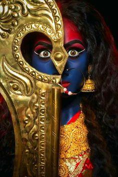 Flourish with wealth on this Navratri by offering Homam to Lakshmi, Saraswathi & Durga. Kali Mata, Kali Hindu, Mahakal Shiva, Lord Shiva, Hindu Art, Maa Kali Images, Shiva Parvati Images, Durga Images, Goddess Kali Images