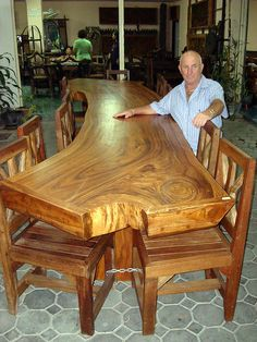 dining set, the thickness of the table and quality of the work...