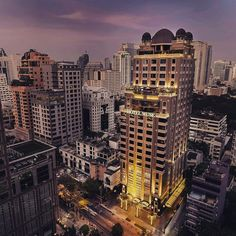 #bangkok in the heart a retro hotel. Why not a #weekendbreak. www.ezy-go.com