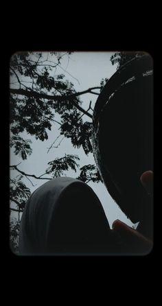 dolan karo cah e day Night Aesthetic, Couple Aesthetic, Aesthetic Girl, Aesthetic Pictures, Boy Pictures, Cute Couple Pictures, Boy And Girl Friendship, Cool Boy Image, Shadow Photos