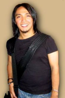 Arnel, the new singer for Journey.  Awwwwe, you so cute.