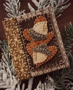 Rebekah L. Smith ~ Wooly Acorn Needle Book ~ wide by Wool Applique Patterns, Felt Applique, Applique Designs, Applique Pillows, Applique Ideas, Felt Patterns, Tatting Patterns, Vintage Sewing Notions, Vintage Sewing Machines