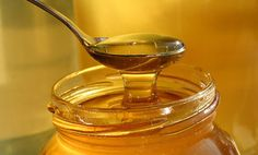 5 Healthy Reasons to Use Honey. It's National Honey Month!