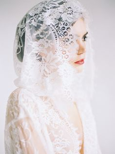 Chantilly lace 'getting ready' robe by Emily Riggs. Photography: Erich Mcvey - erichmcvey.com