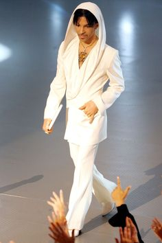 White, Clothing, Fashion, Suit, Formal wear, Performance, Fashion model, Fashion show, Pantsuit, Outerwear, Sheila E, Prince Rogers Nelson, I Love Music, Good Music, Amazing Music, Beatles, Rock And Roll, Princes Fashion, Minneapolis