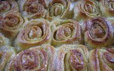 Oblíbené kynuté koláče. Vanilkový nebo skořicový cukr dodá vosím hnízdům neodolatelnou chuť! Mňamka!
