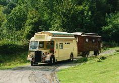 Showmans living van