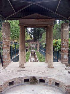 House of Octavius Quartio, Pompeii Ancient Pompeii, Pompeii Ruins, Pompeii Italy, Pompeii And Herculaneum, Ancient Ruins, Ancient History, Rome Antique, Empire Romain, Roman City
