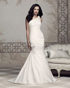 Paloma Blanca Bridal 2013 Premiere Collection – Style 4353