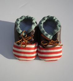red stiped baby booties