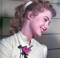 Pretty Shirley Jones