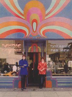 Photo-memories of a dandy - outside Dandie Fashions, 161 King's Road, Mod Fashion, 1960s Fashion, Vintage Fashion, Vintage Clothing, Fashion Trends, Seventies Fashion, British Fashion, Fashion Photo, Street Fashion