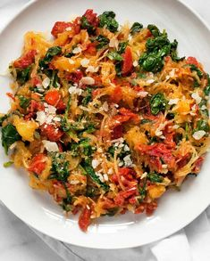 Vegetarian Spaghetti Squash Recipes, Spaghetti Squash Shrimp, Cooking Spaghetti Squash, Vegetarian Recipes, Spaghetti Spinach, Diet Recipes, Marinated Tomatoes, Roasted Tomatoes, Recipes
