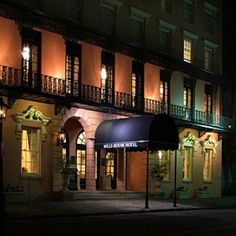 Charleston Hotels: The Mills House Hotel