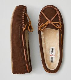 Chocolate Minnetonka Cally Slipper