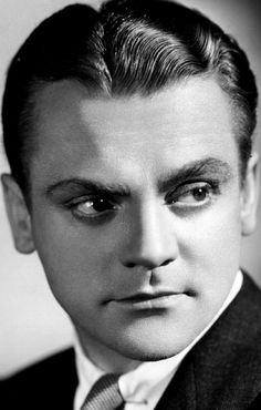 Orson Welles considered James Cagney to be one of the greatest actors of all time and once called him 'a displacer of air', referring to his ability to fill the screen with his presence.