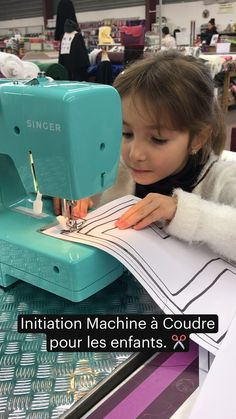 Baby Couture, Diy For Kids, Needlework, Sewing, Scrappy Quilts, Craft, Tutorial Sewing, Sewing For Beginners, Sewing Lessons