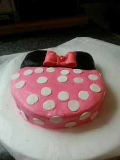 Mini mouse smash cake
