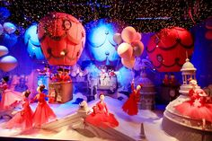 Dior Christmas Window Display at Printemps in Paris ~ The Cherry Blossom Girl Cherry Blossom Girl, Christmas Window Display, Exhibition Display, 3d Artwork, Boutique Design, Stage Design, Pretty Pictures, Decoration, Xmas