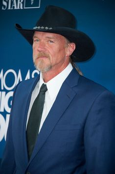 Trace Adkins Photos - 'Mom's Night Out' Premieres in Hollywood — Part 2 - Zimbio